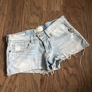 Lucky Brand The Cutoff Light Wash Jean Shorts